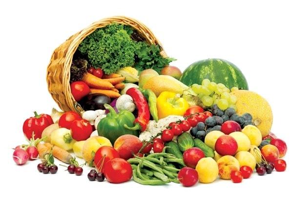 Trái cây tươi cung cấp nước và các loại vitamin cần thiết